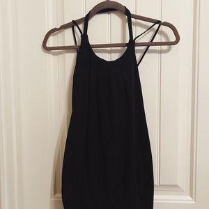 Black Lululemon top/sports bra combo. Size 4